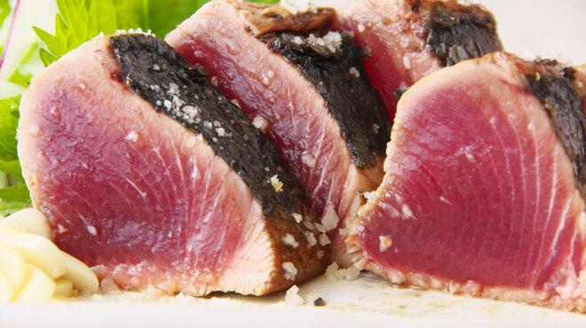 居酒屋 葉牡丹 - 料理写真:高知名物!かつおの塩タタキ