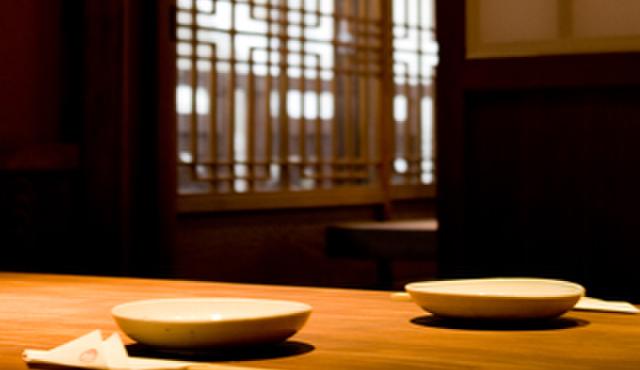 豚組 - 内観写真:2階は小上がりのお座敷になっております。ゆったりとおくつろぎ頂きながらお食事をお楽しみ頂けます。