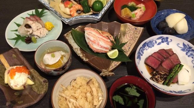 地酒と料理 高田馬場研究所 - 料理写真:宴会コース各種あります。