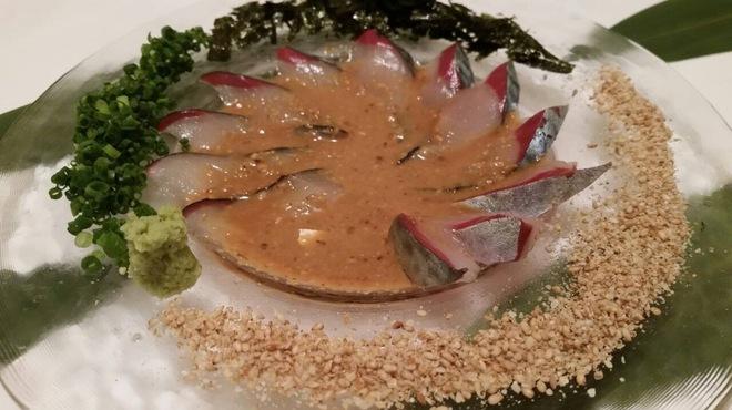 もつ鍋ながまさ - 料理写真:胡麻サバ