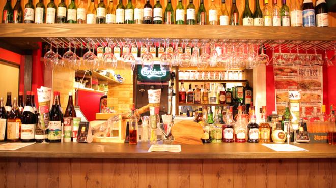 ジャパネスク - 内観写真:日本のワインを集めました!