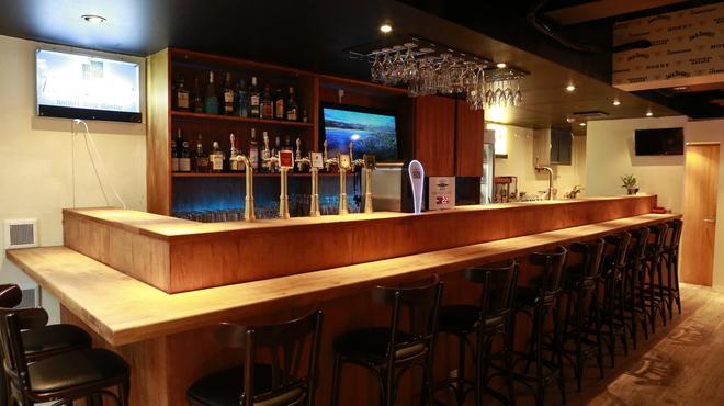 Beer Bar HB - 内観写真:落ち着いた空間で最高の一杯を!