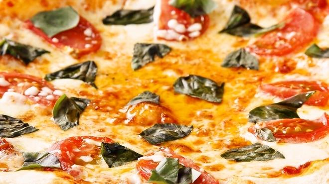 ビー・ビー・エイチ - 料理写真:アメーラのピッツァ・マルゲリータ