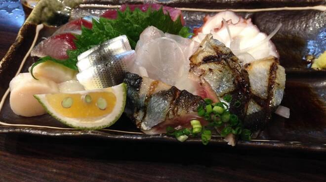 あさひ町スタンド - 料理写真:お刺身盛り合わせ一例