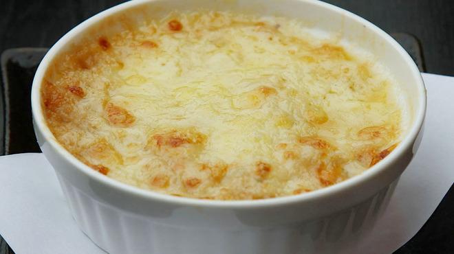 ビール100円『たんと③』 - 料理写真:【女性に大人気】「ちーやき」たっぷしのチーズとホクホクのじゃがいもを一緒に焼きました。
