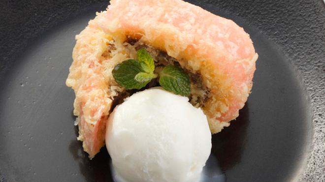 HERO海 - 料理写真:赤巻きの天ぷら塩アイス添え