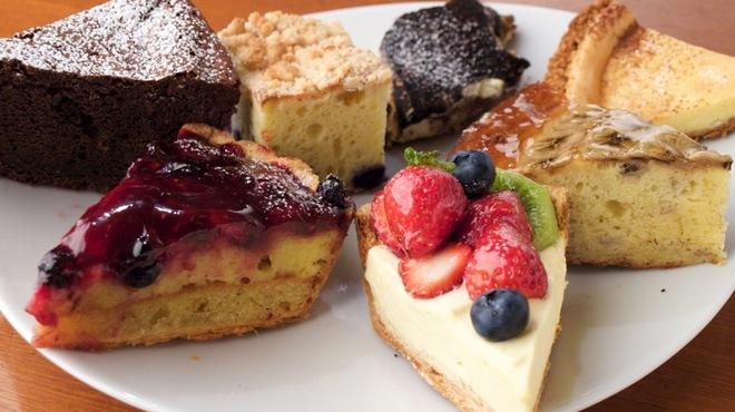 ステイゴールド - 料理写真:ケーキ