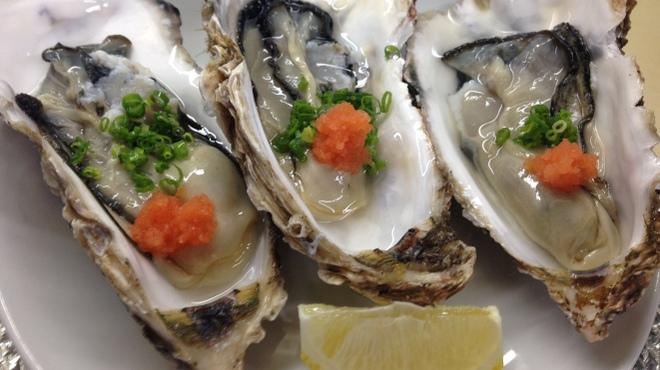 お魚sun - 料理写真:今年の冬牡蠣は海水温が高めのため、まだ実入りが十分ではありませんので年内の入荷はございません。