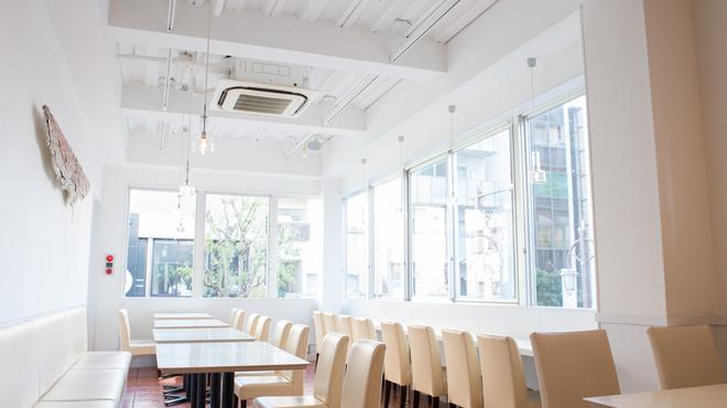 ボン・グゥ 神楽坂 (フレンチ前菜食堂) - 神楽坂/フレンチ [食べログ]