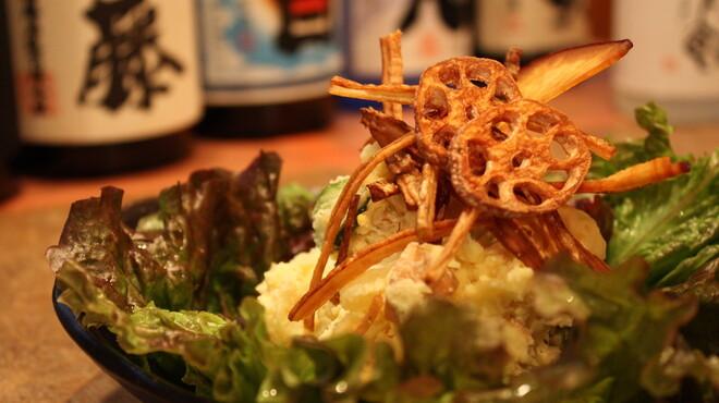 串焼き もんじろう - 料理写真:自家製のポテトサラダ
