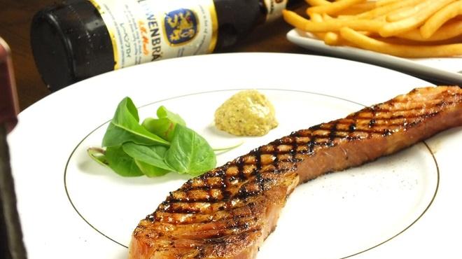 イタリアンバルTreotto - 料理写真:厚切りベーコングリル