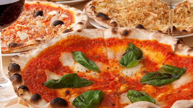 otto - 料理写真:サクサク食感、本格窯焼きピッツァ