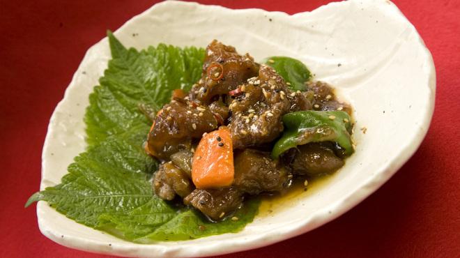 麦庵 - 料理写真:牛肉すじ煮込み