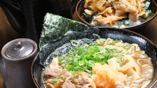 にく次郎 - 料理写真: