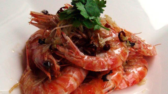 天厨菜館 - 料理写真:天草産車エビの朝天辣椒と葱の香り炒め