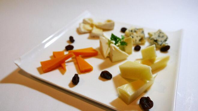 アンサー - 料理写真:チーズ盛り合わせ