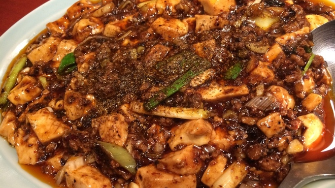 ライオン飯店 - 料理写真:麻婆豆腐