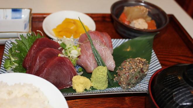 横田酒場 - 料理写真: