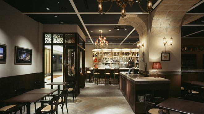 Bistro&BeerCafe CANCALE - 内観写真: