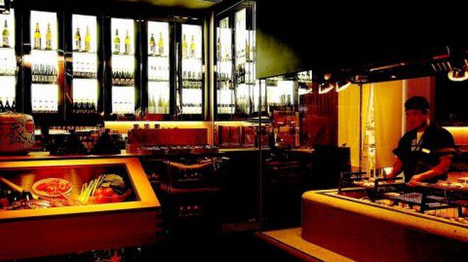 蔵人厨 ねのひ - 内観写真:酒蔵をイメージした店内。