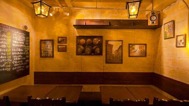 湯島ワイン食堂 パパン - メイン写真: