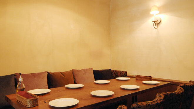 ピッツェリア ポンテチェントロ - 内観写真:少人数様向け 個室1
