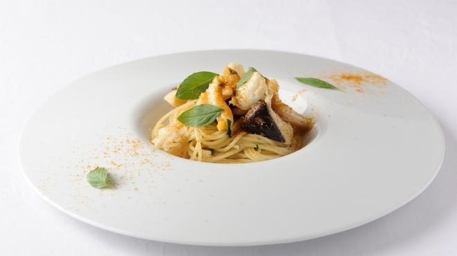TN - 料理写真:『つぶ貝とイタリア産カルドンチェッロのスパゲッティーニ』