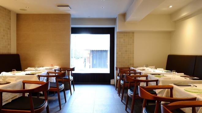 TN - 内観写真:大切な方とのお食事やデートに最適な演出をお約束します。