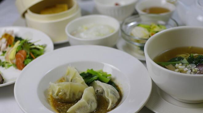 ムーラン - 料理写真:水餃子ランチ