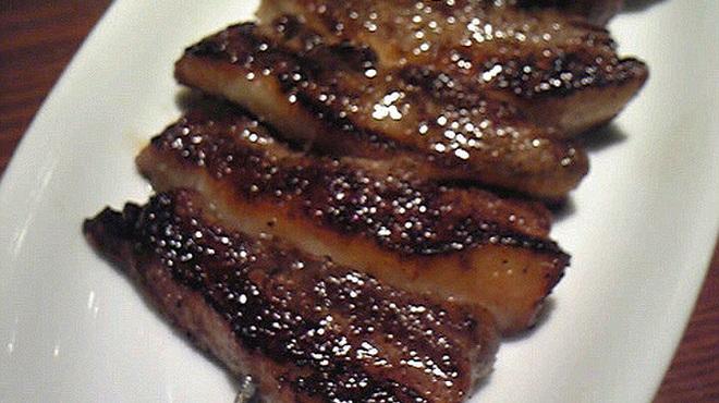 ラ・ブーシェリー・デュ・ブッパ - 料理写真:勝浦産 猪の串焼き