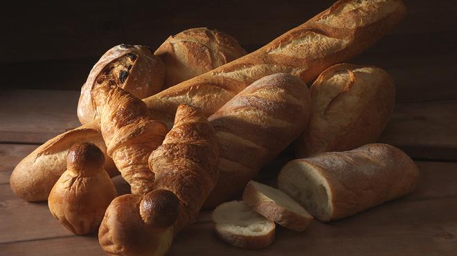 メリッサ - 料理写真:ホテルのレストランや披露宴でも定評のある、ホテル特製パン。