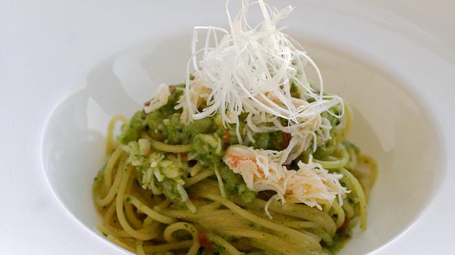 代官山ASO チェレステ - 料理写真:蟹とドライトマト入りブロッコリーソース スパゲッティ