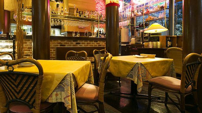 トラットリア・イタリア - メイン写真: