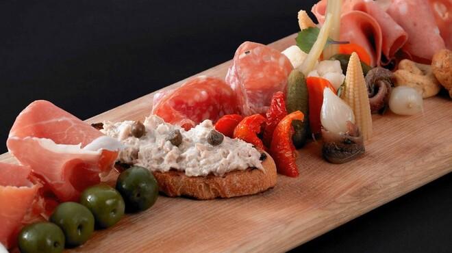 スカイラウンジ&イタリアン 「ウインドーズ オン ザ ワールド」 - 料理写真: