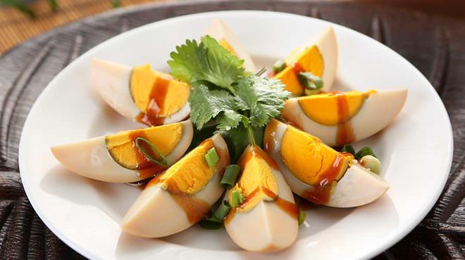 台南担仔麺 - 料理写真:切魯蛋(煮玉子)