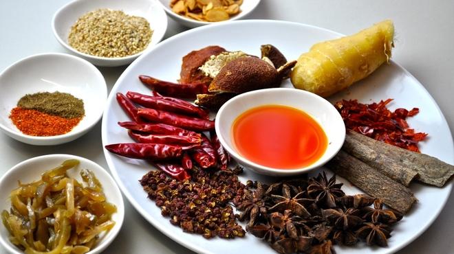 坦坦麺 利休 - メイン写真: