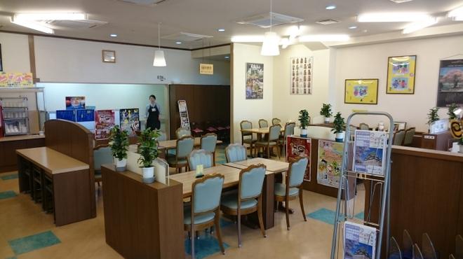 長良川サービスエリア(下り線)レストラン - 内観写真:
