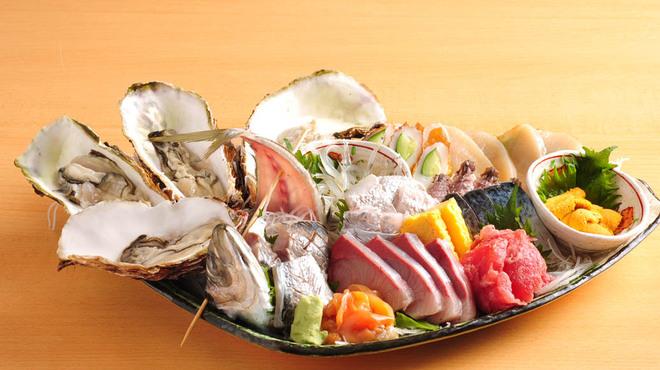 渋谷イカセンター - 料理写真:今朝獲れ地魚刺盛り