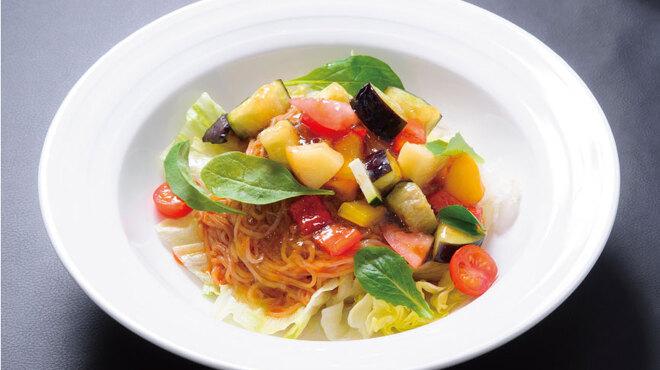 亜李蘭 - 料理写真:夏野菜冷麺