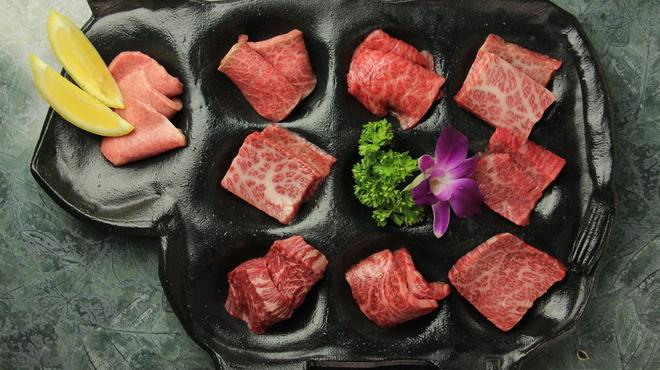 焼肉 牛の華 - メイン写真: