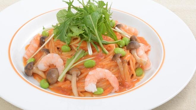 カラオケUNO - 料理写真:オマール海老のクリームソースパスタ☆