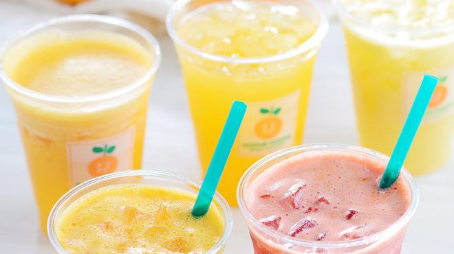 noma-noma - 料理写真:旬の果物を使った生ジュースを、常時20種類以上ご用意。