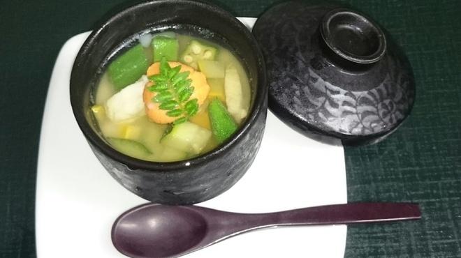 尾道結膳 楽 - 料理写真:8000円コースの三層冷製茶碗蒸し