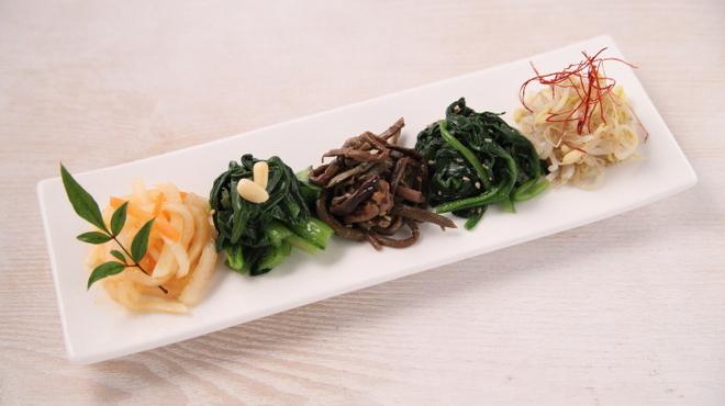 韓食菜炎 ヨンドン - メイン写真: