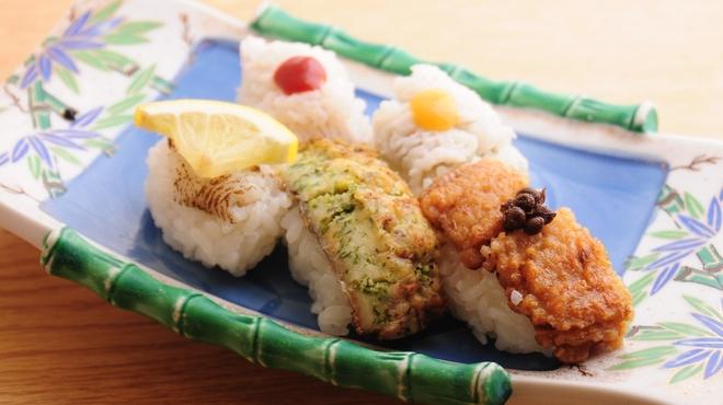 ときすし - 料理写真:鱧三昧! ・梅肉 ・酢味噌 ・炙り ・照焼き ・ムニエル の5貫 780円