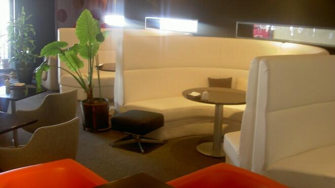 リアルダイニングカフェ - メイン写真: