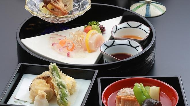 日本料理 はや瀬 - 料理写真:葉月膳料理