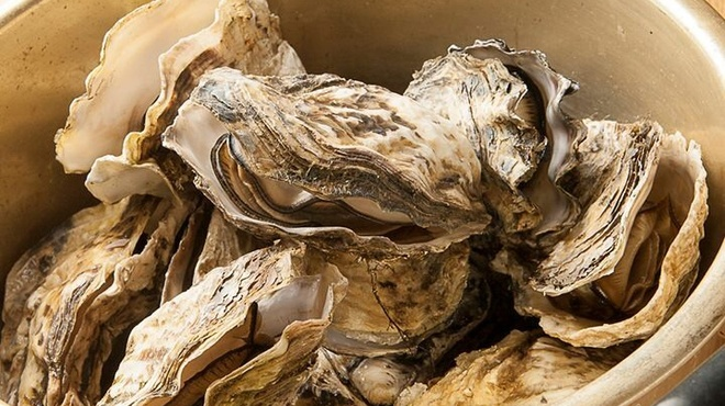 なごみや一夜 - 料理写真:牡蠣ガンガン焼き