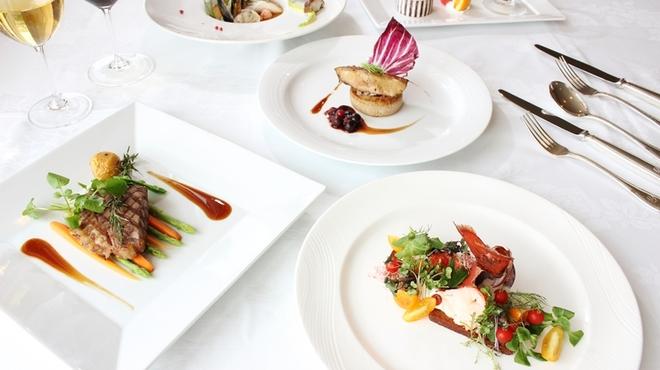 ソレイユ - 料理写真:シェフおすすめのフレンチフルコースはいかがでしょうか?