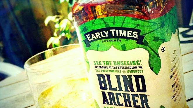 アカリ カフェ - ドリンク写真:「アーリータイムズ ブラインドアーチャー」、スパイス感のあるアップルフレーバーがGood